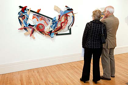 couple looking at art