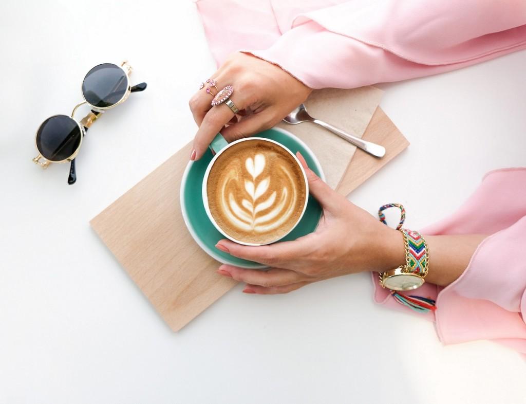 beverage-brewed-coffee-caffeine-1260591